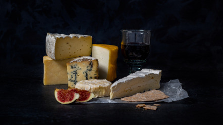 Slate Cheese Tasting - What to do in Suffolk this December