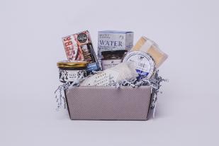 Slate Hamper - Suffolk Christmas Gift Guide