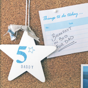 Hanging star wood signs (various phrases) - Fathers Day gift (Dad & Grandad), £7