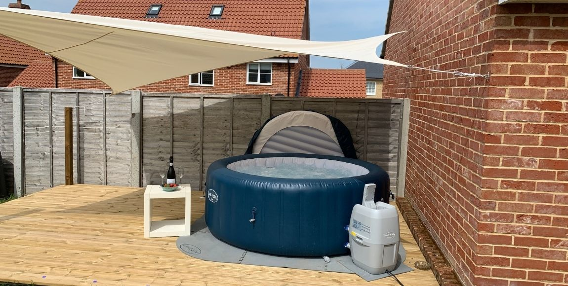 Hot tub hire in Suffolk: Enjoy a holiday at home